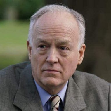 Ep #13: Tony-Winner Reed Birney (The Humans, Casa Valentina, House of Cards, The Blacklist) on Actor Despair and Roles That Scare You